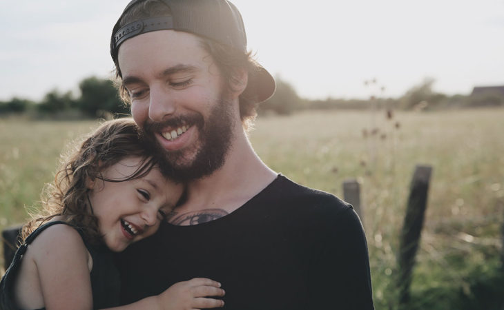 Воспитание девочки отцом одиночки