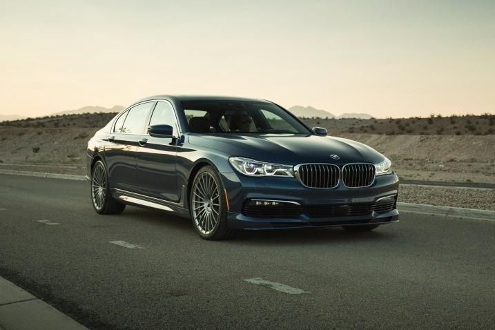 BMW в пустыне