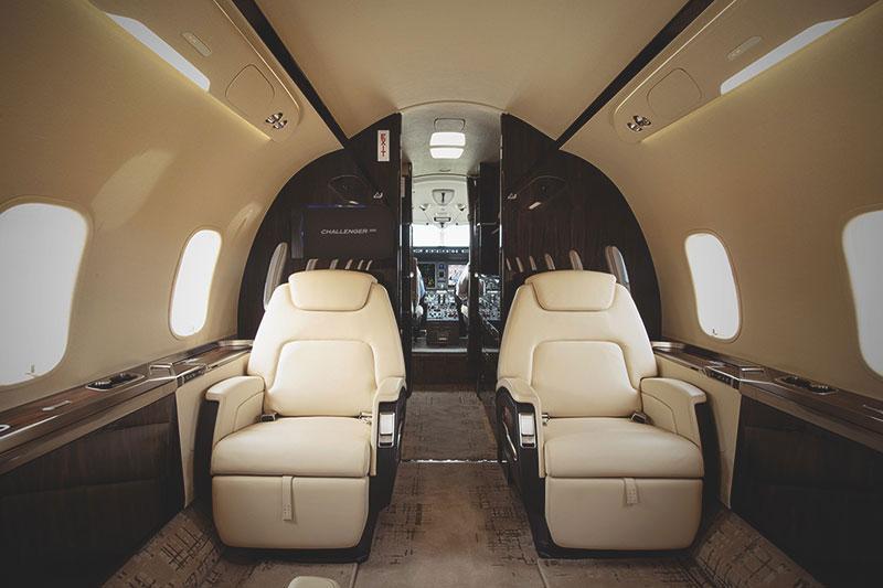 Bombardier Challenger 350 салон