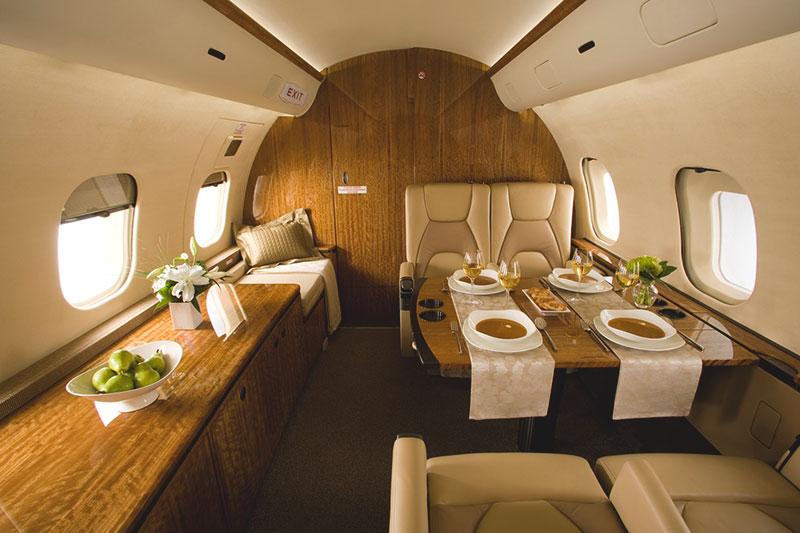 Bombardier Global 5000 салон