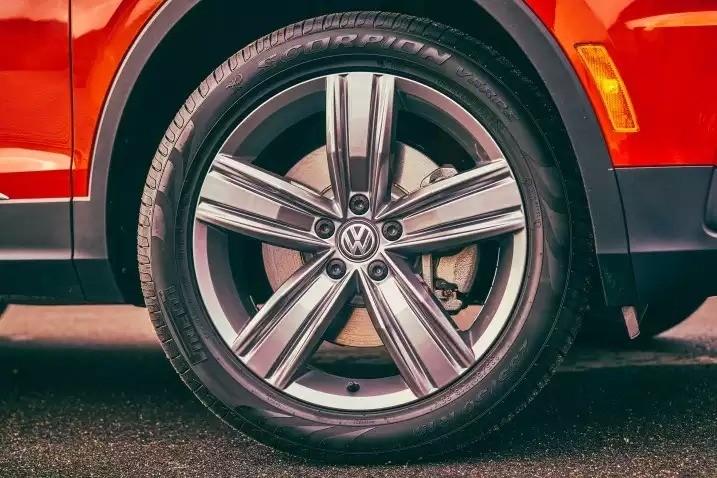 Volkswagen Tiguan - шасси