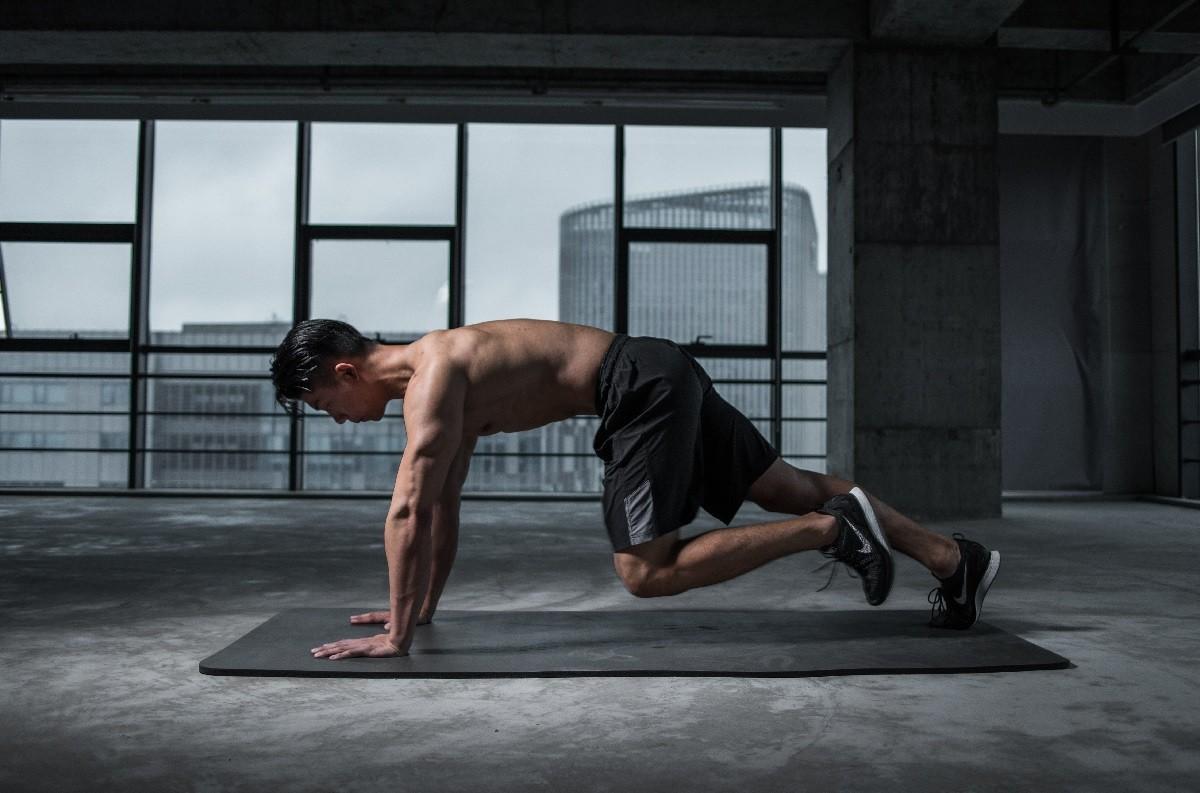 Упражнение планка для мужчин