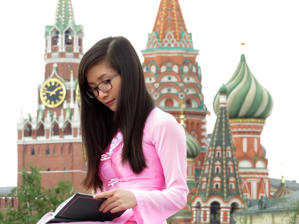 Китаянка в Москве