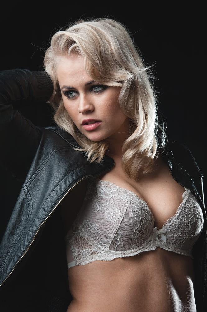 Сексуальная шведка