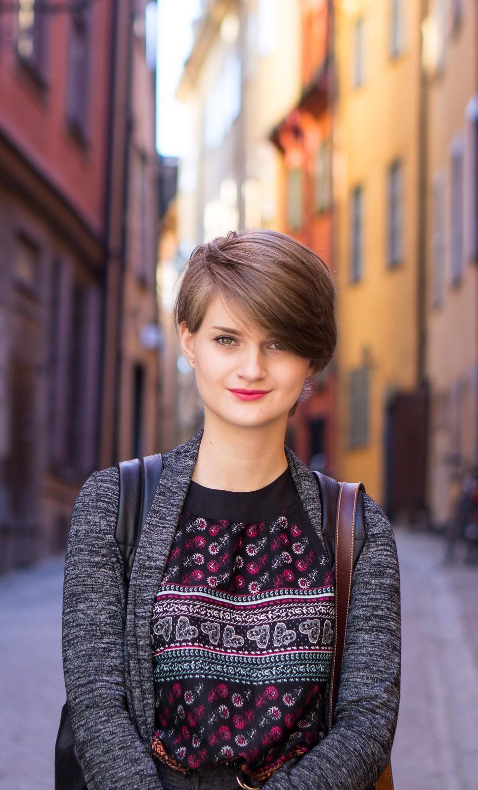 Девушка со Стокгольма