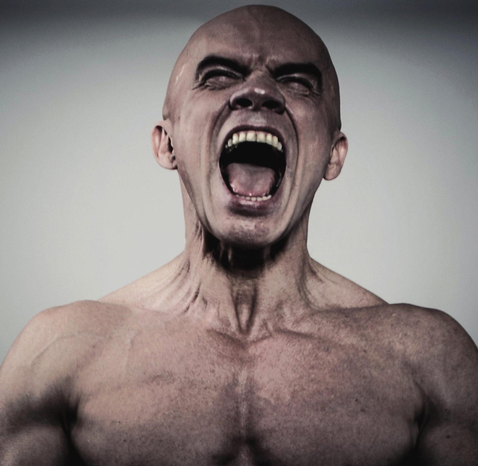 Человек в ярости