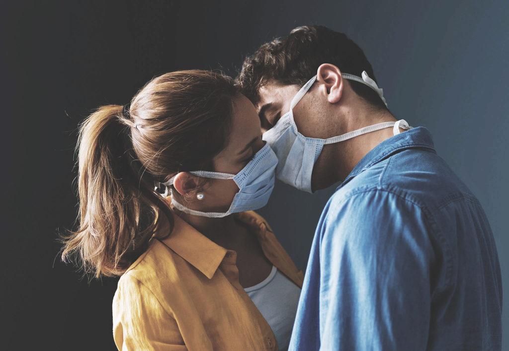 Секс во время пандемии коронавируса COVID-19